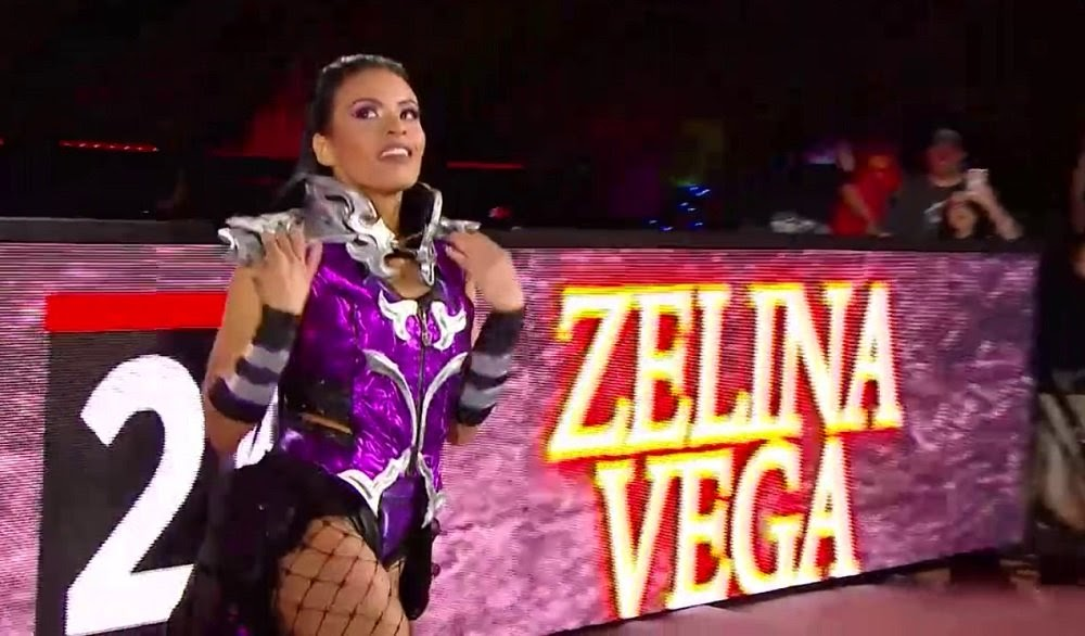 Cosplay de Zelina Vega WWE Sombra Overwatch
