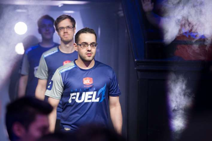 Commentaires sexistes de HarryHook
