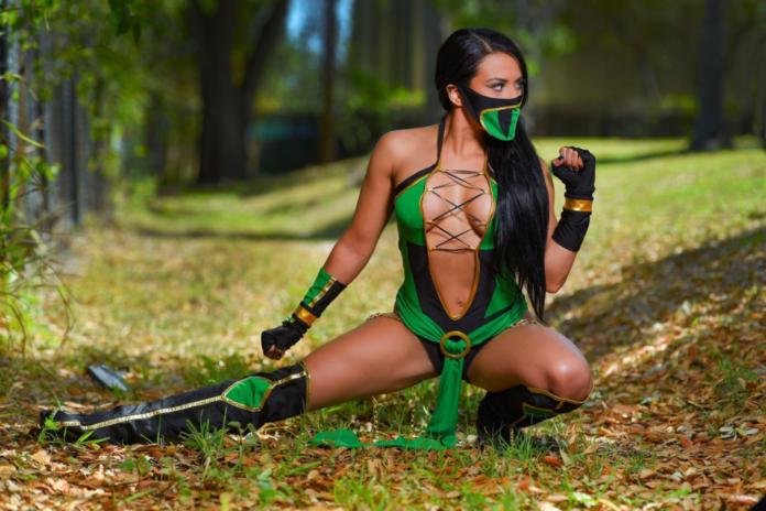 Les meilleurs cosplays de Zelina Vega, de Catwoman à D.Va