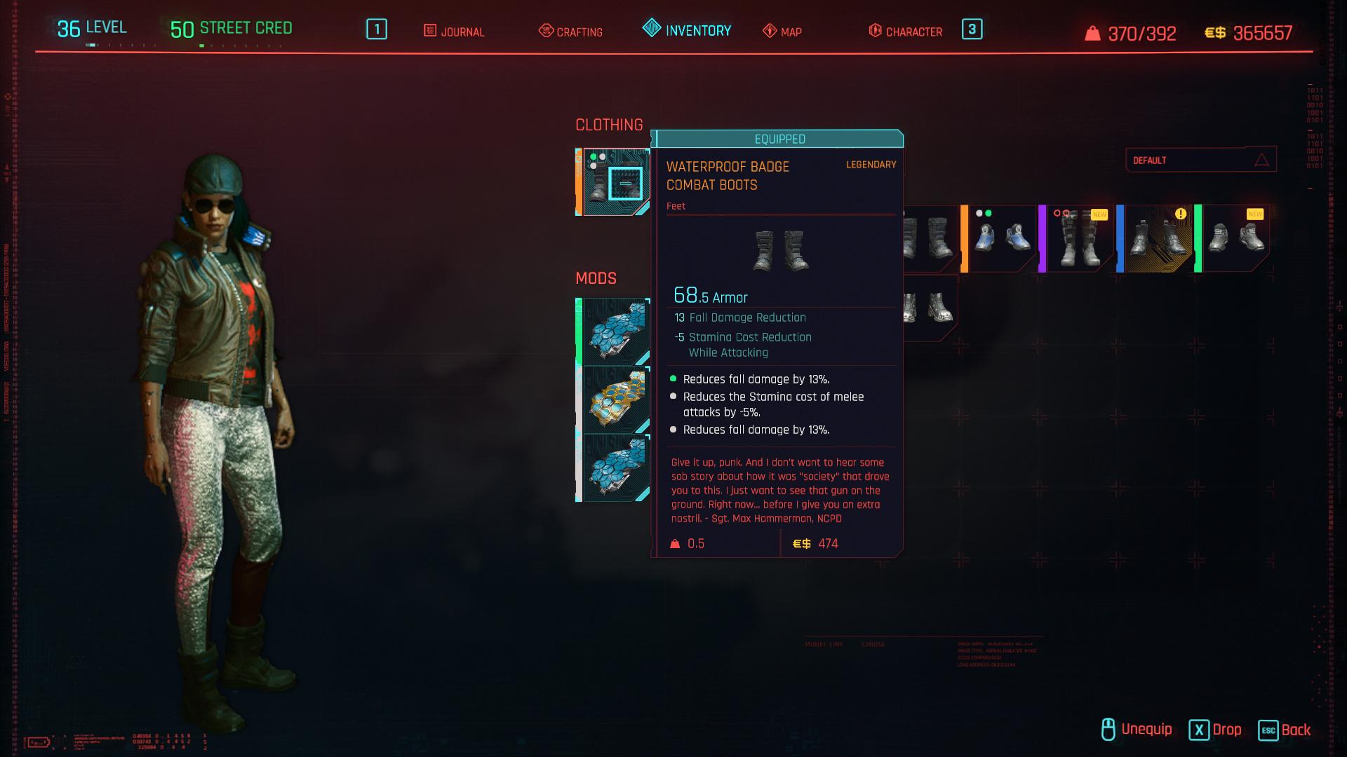 Tous les vêtements légendaires et emblématiques de Cyberpunk 2077 - Bottes de combat imperméables avec badge